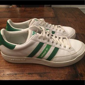 Adidas Nastase Low Green & White Sneakers Sz 10.5